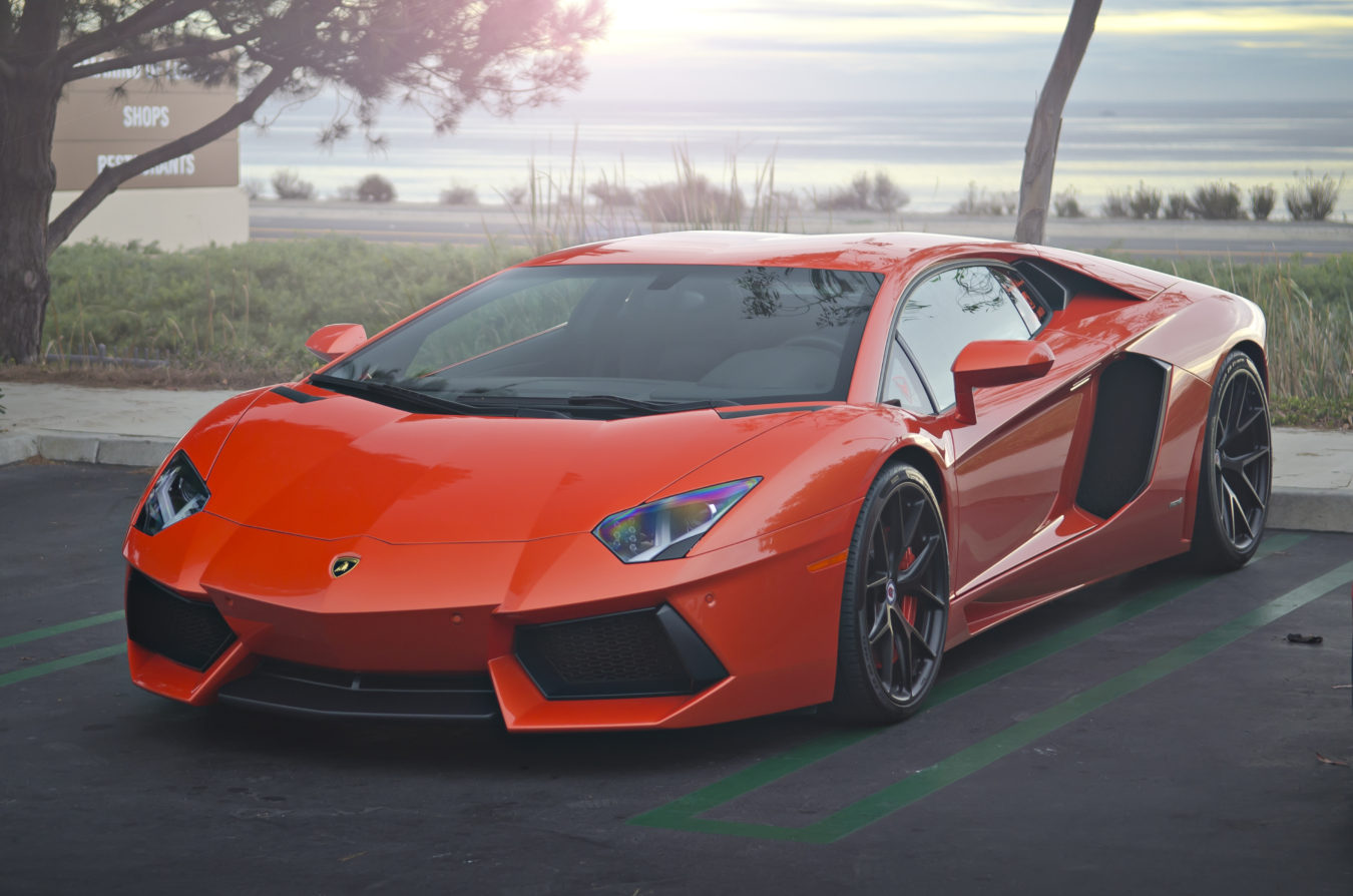 Orange_Lamborghini_Aventador_on_HRE_Wheels_(12167671043)