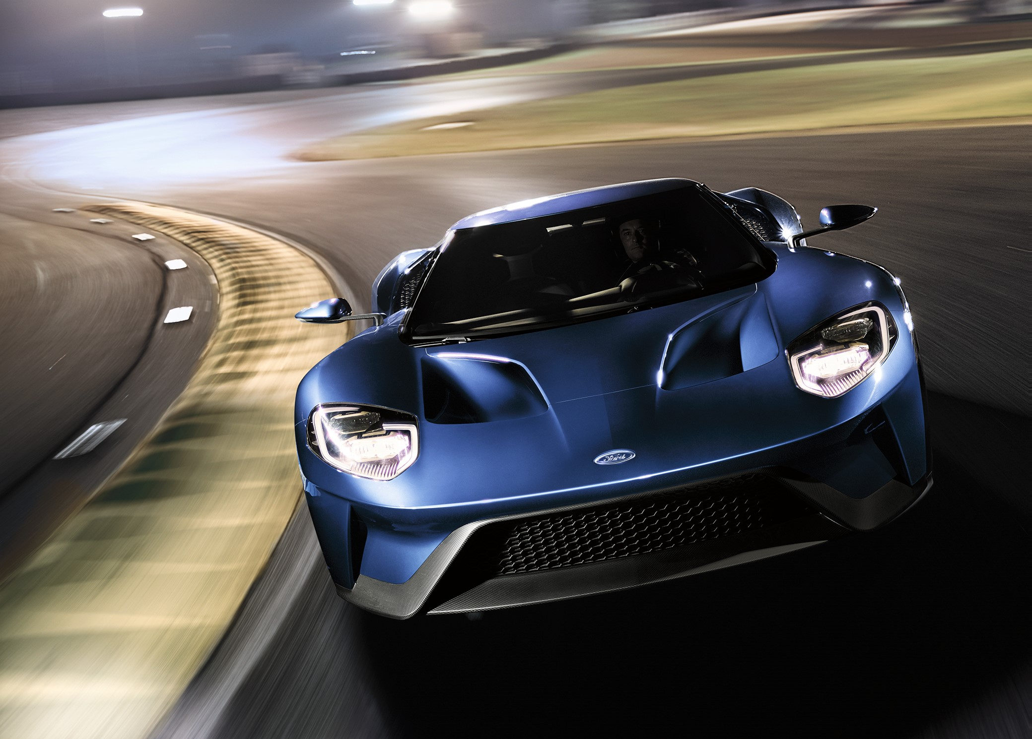 Ford Gt Sets Record At Calabogie In Canada