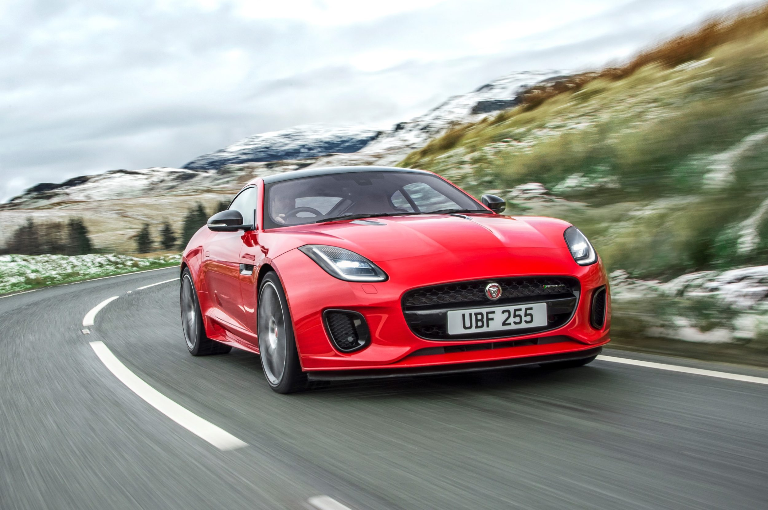 TrackWorthy - New Jaguar F-TYPE with turbocharged four-cylinder engine (3)