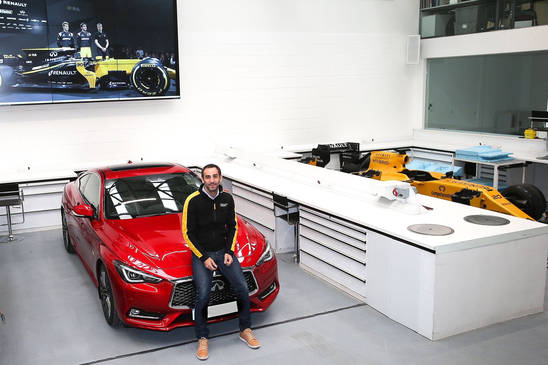 TrackWorthy-Renault-Sport-Formula-One-Team-Managing-Director-Cyril-Abiteboul-and-the-INFINITI-Q60S - 2