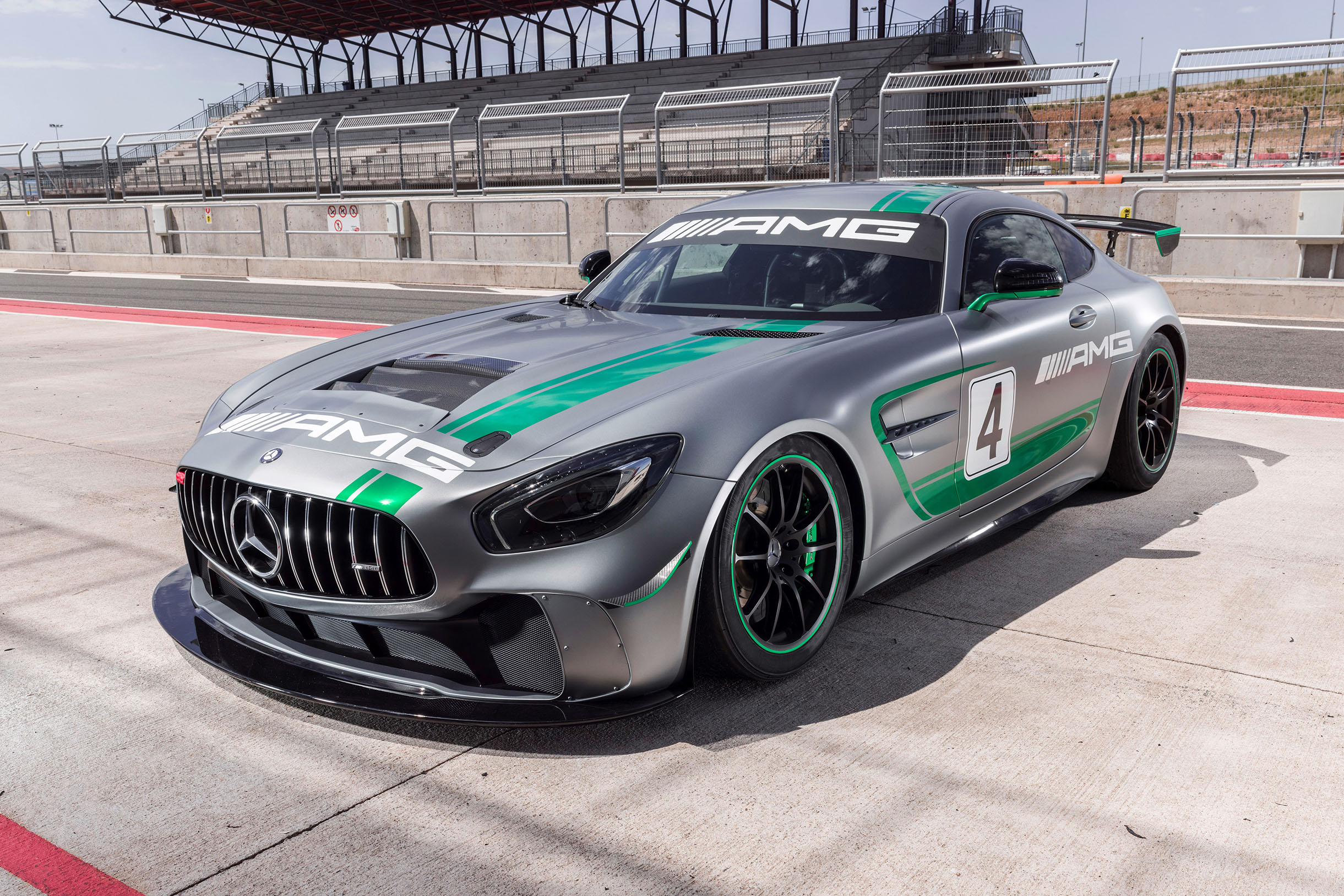 TrackWorthy-Mercedes-AMG-GT4