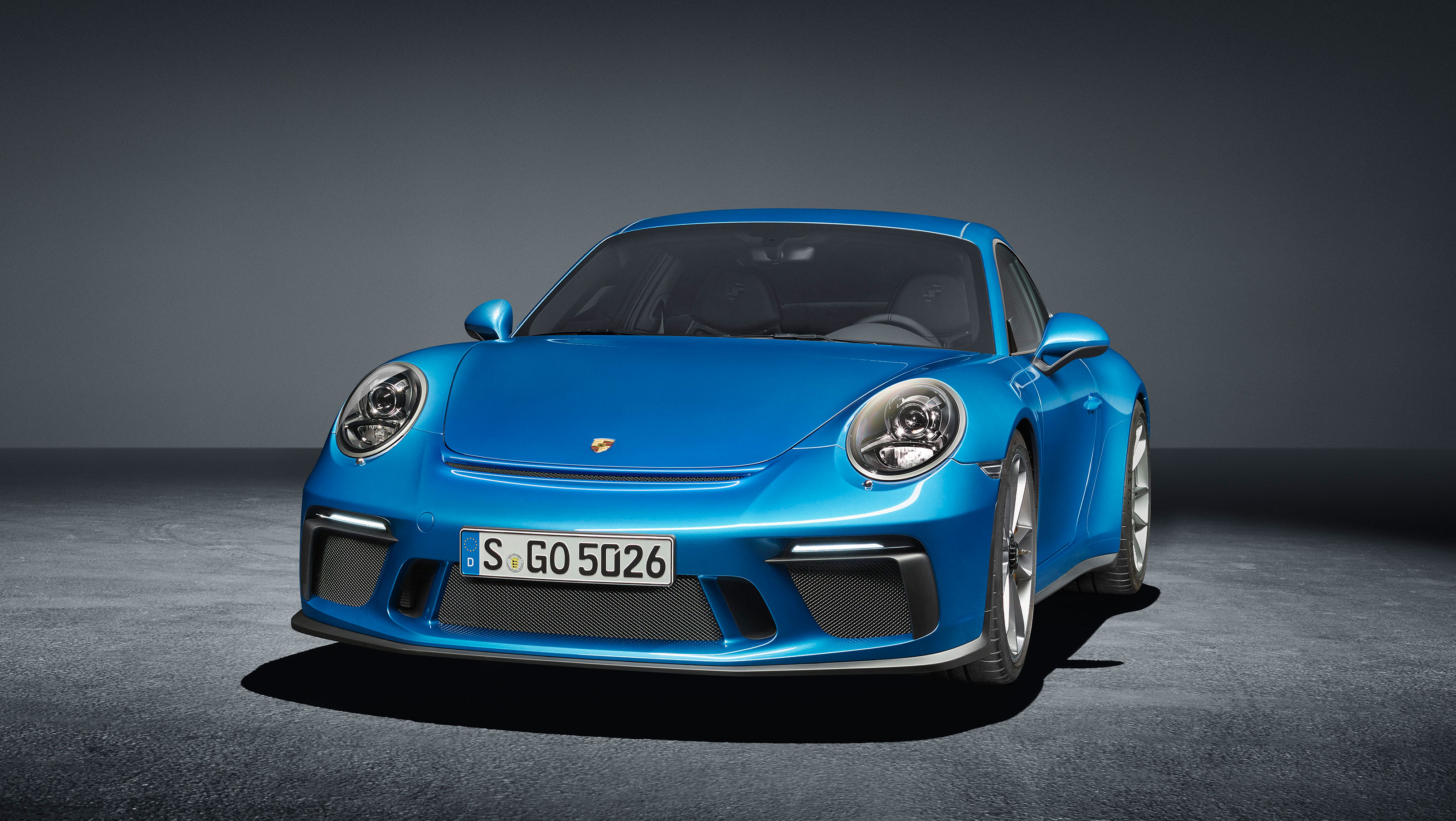 TrackWorthy - Porsche 911 GT3 with Touring Package (5)