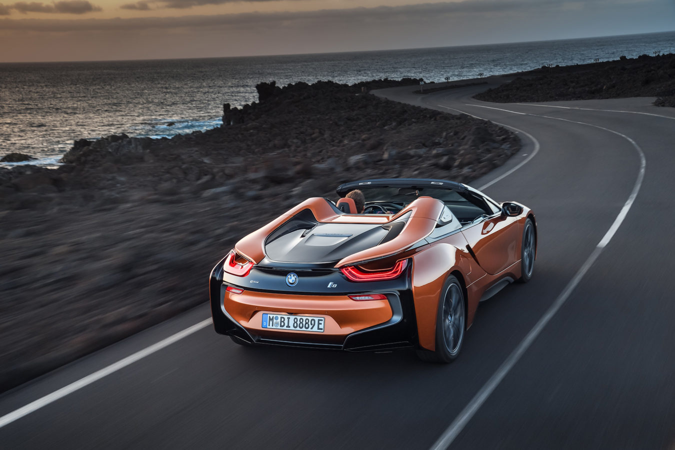 TrackWorthy -2019 BMW i8 Roadster (2)